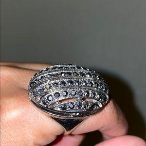 Beautiful extravagant cocktail ring!